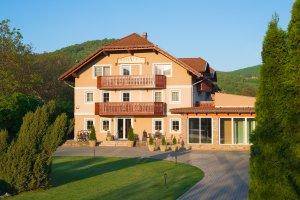 Hotel Honti recepció